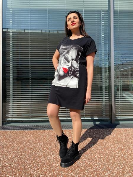 Damen T-Shirt Kleid mit Aufnäher