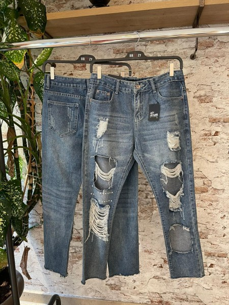 Damen distressed Mom Jeans