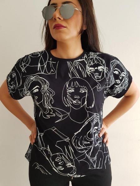 Damen T-Shirt mit Skizzen Design