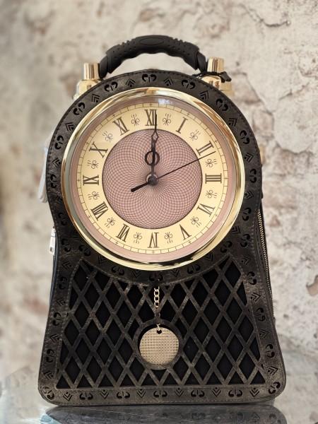 Damen Rucksack mit funktionierender Ziffernblatt Uhr