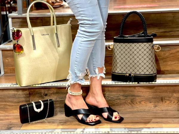 Damen Sandalen mit kleinem Absatz