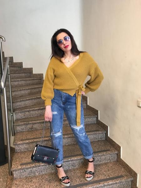 Damen distressed Mom Jeans