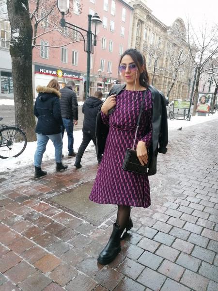 Damen gemustertes Midi Kleid