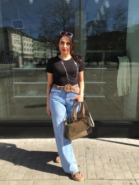 Damen Jeans mit weitem Bein